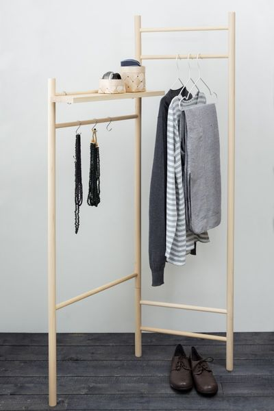 TIKAS Clothes Rack